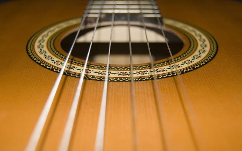 How to Choose the Right Guitar Strings