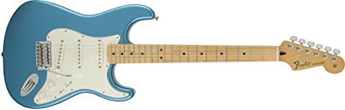 fender standard stratocaster one of the top intermediate guitars guitar space. Black Bedroom Furniture Sets. Home Design Ideas