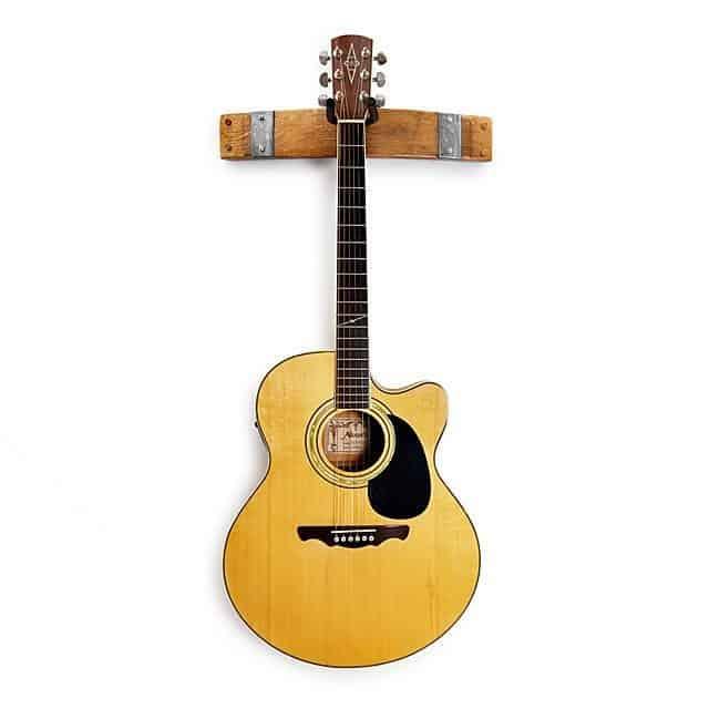 guitar hanger 2