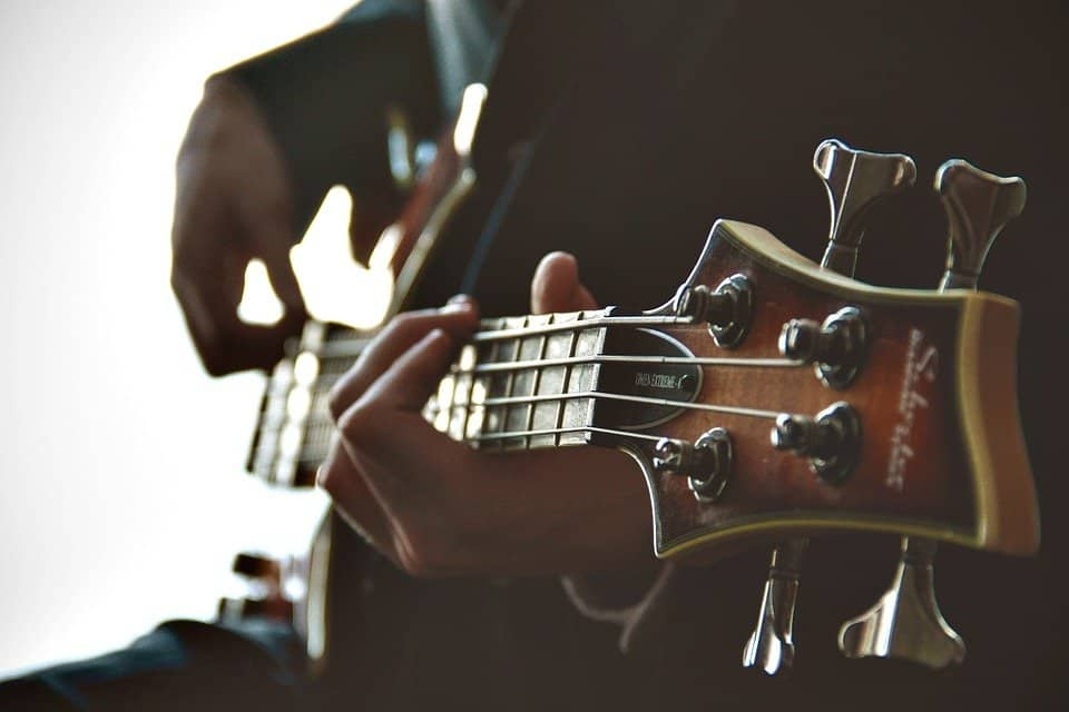 The Best Six YouTube Channels for Free Guitar Lessons