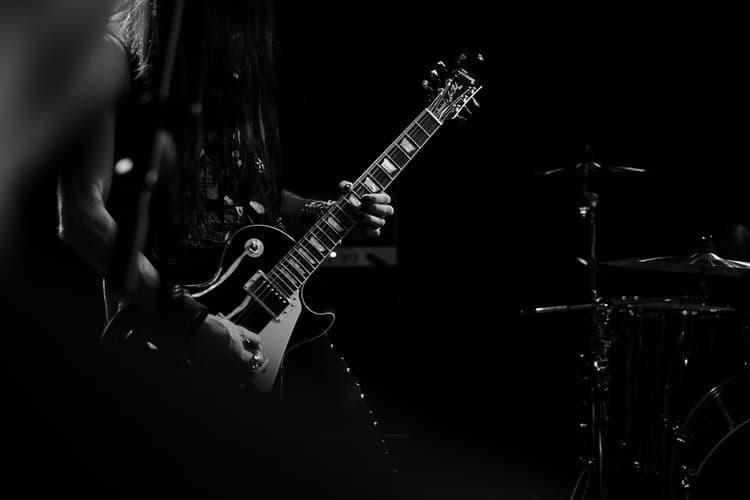 metal guitar 1