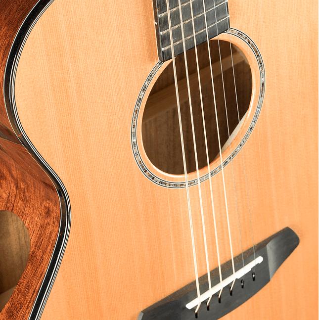 Breedlove Solo Concert Acoustic-Electric Guitar | Musician's Friend