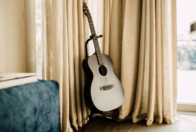 Hercules Guitar Stand Review