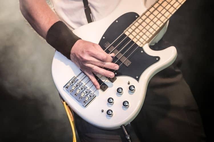 White Bass Guitar