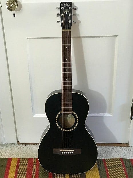 Art & Lutherie Ami Parlor Guitar | Reverb